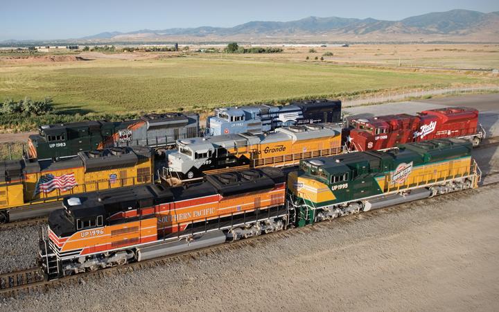Union-Pacific_heritage-locomotives